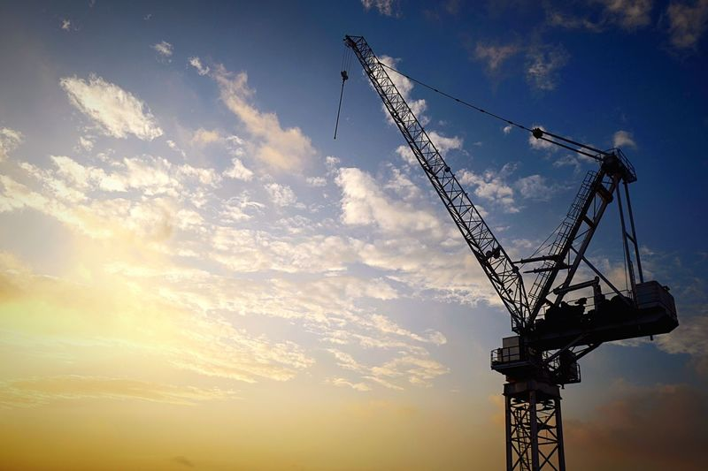 crane HongKong Discoverhongkong Leica Leicaq Sky Cloud Crane Lookup Taking Photos EyeEm Gallery EyeEmBestPics EyeEm Best Shots EyeEmBestEdits Machine Pmg_hok