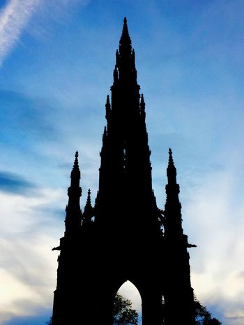 Scott Monument Edinburgh, Scotland Neighborhood Map Shadow Sky Architecture The Architect - 2017 EyeEm Awards