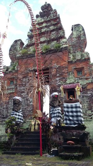 Balinesse heritage Gatetothetemple Architecture Temple - Building Heritage History Art Clasic Clasical Architect Denpasar Bali INDONESIA