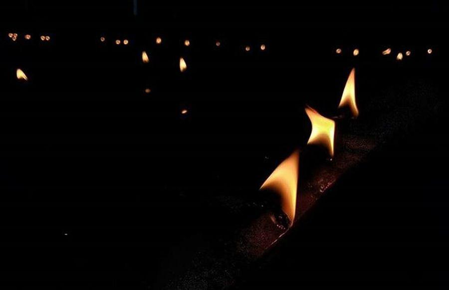 An array of lamps (diyas) arranged on occasion of hindu new year(hindu nav varsh) Instagram Instacool Instadaily Goodmorningpost Goodmorning Diya Lamp Lamps Light Lightoverdarkness India Instalike Photography Indian_photographers