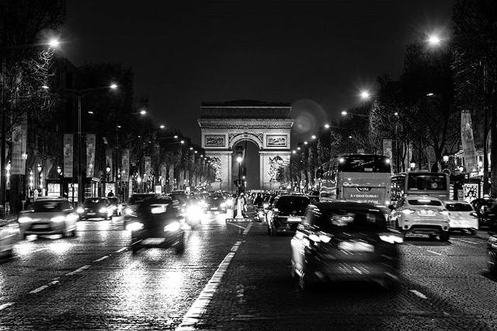 Do you call this an arc or arch? Arcdetriomphe Champselysées Paris Architecture France Cityscape Longexposure Nightphotography Streetart Canon NiftyFifty