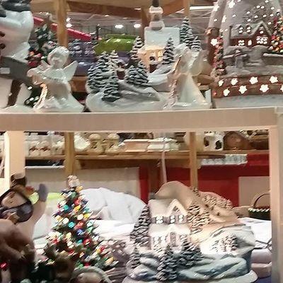 Amazing creations at Dot's Ceramics at the Holiday Shopping Fair.... Oceancitycool OceanCity Maryland Ocmd Holidays Shopping Fair Tourworco Whphandmade