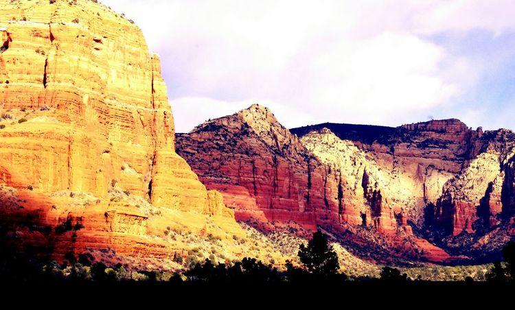 Sedona Arizona Sedona Arizona Redrocks Nature Nature Photography Southwest  Desert Mountains Landscape Urban Landscape Newagephotography Newage Psychic Ufositings UFO Sightings Showcase: January Deserts Around The World