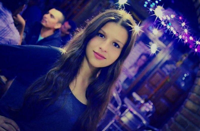 Beautiful Girl Enjoying Life Party I Love Night Moments <3 Hello World Ph:friend Nice Photo