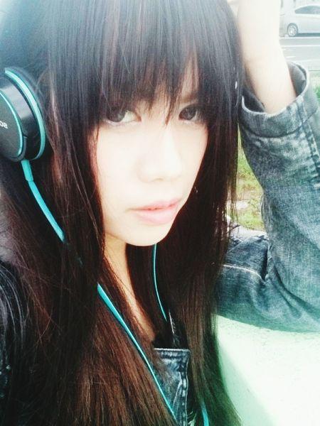 nothing to say. Blackhair Asian Girl Girlpower👊💥💎🍃✨🌾