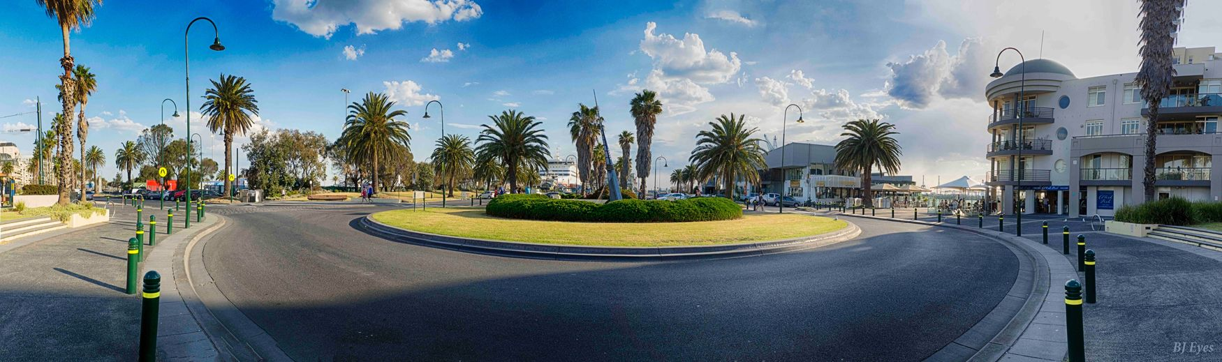 Port Melbourne Tree Road Plant Transportation Cloud - Sky