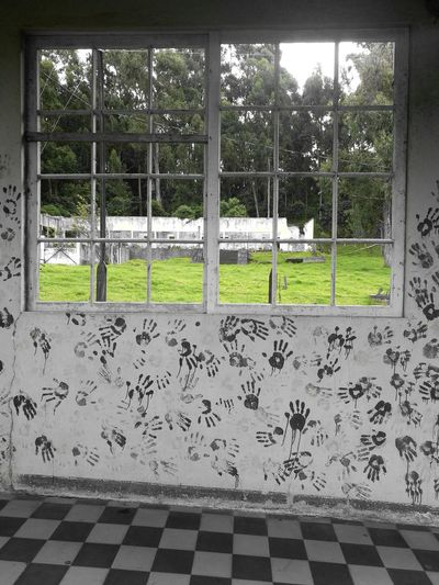 The Wall Window Outdoors Indoors  Green History Place Kids Hand Mark Wall Building Exterior Building Story Sanatorio Durán  Tree Playing Field Grass Metal Grate