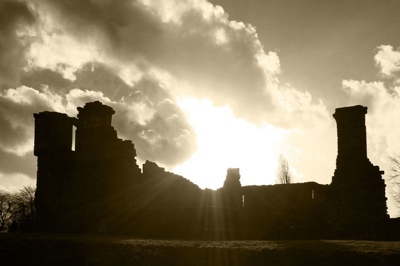 Lens Flare Penrith, United Kingdom Penrith Castle Ruins Penrith Penrithcastle Castle Ruin Castle View  Castle Walls Castle Wall Castle Ruins Castles Castle EyeEm Gallery Sepia_collection Sepia Photography Sepia EyeEm Best Shots EyeEmBestPics Ruins Of A Castle Castleporn Ruins Of A Past Castles In Ruin Lake District Lake District Series Lake District National Park