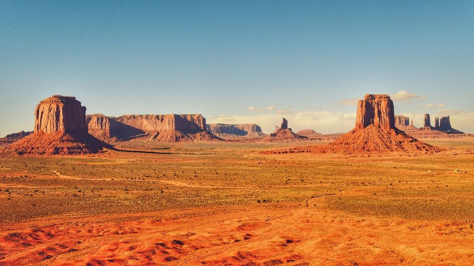 Monument valley is such a majestic place! Horizon View Vacations Photographer Nature Nature Photography Mountain View Photography Deserts Around The World Geology Rock - Object Scenicroads Natural Landmark Backgrounds Tranquil Scene Landscape Tranquility Monument Valley Monuments Arizona Desert Utah Desert