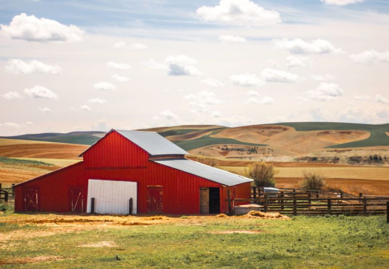 Red Barn Red Barn Red Barn Love Palouse Washington state Barn Agriculture Agriculture Photography Tractor Red Tractor Rolling Hills