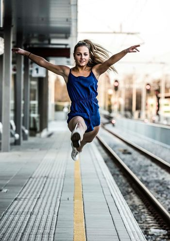 moving 2 City Lifestyles Sport City Life Healthy Lifestyle Young Adult Exercising Casual Clothing Cheerful One Person Sports Clothing Outdoors Athlete Adult Portrait People Muscular Build Females Murskasobota Prekmurje Slovenia Parkour Architecture Railway Railroad Station