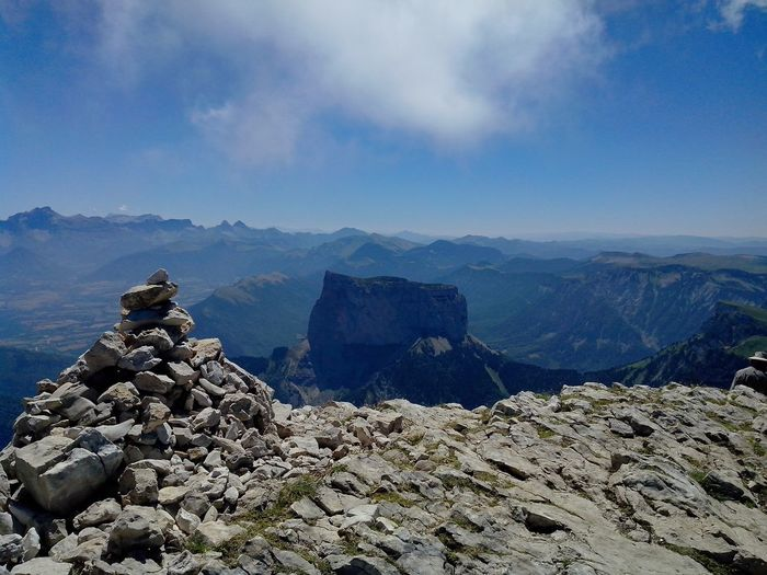 Vue sur le Mont Aiguille EyeEmNewHere Mountain Rock - Object Sky Landscape