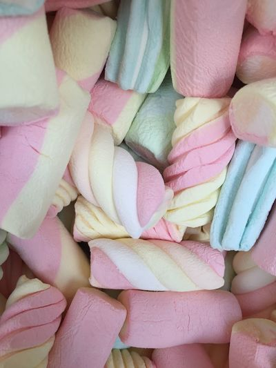 Full Frame Shot Of Multi Colored Marshmallows