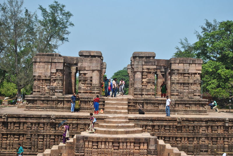 Ancient History Hindu India KONARK TEMPLE Sun Temple Konark, Orissa Ancient Architecture Ancient Ruins Bhubaneswar Hindu Temple History Architecture Indian Architecture Konark Sun Temple Odisha Odishatourism Breathing Space Investing In Quality Of Life EyeEmNewHere