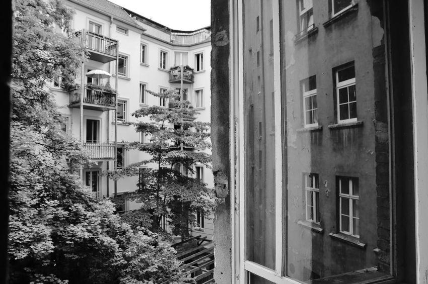 Apartment Architecture Building Building Exterior Built Structure City City Life Day Fenster No People Outdoors Prenzlauer Berg Réflexion S/w Spiegelung Trzoska Window