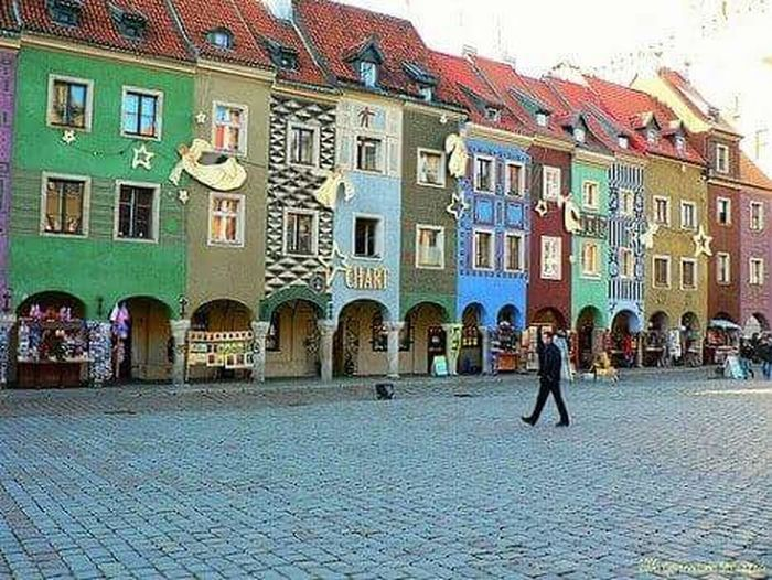Architecture Building Exterior Built Structure City Travel Destinations History Outdoors Adults Only People Medieval Day Adult Fotografia Foto Photography Scenics Polonia  Polska Poland Poznań <3 Poznan, Po Stary Miasto Colours Of Life Colour Photography Colour Image