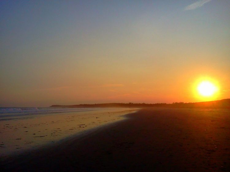 43 Golden Moments Goldensunset Sunset #sun #clouds #skylovers #sky #nature Beautifulinnature Naturalbeauty Photography Landscape [a:172019] Bayoffundy Novascotia Roadtrip Seaside Follow #f4f #followme #TagsFo RLikes #TFLers #followforfollow #follow4follow #teamfollowback Followher Followbackteam Followh [a:39211] Follow4follow EyeEm Nature Lover EyeEm Best Shots
