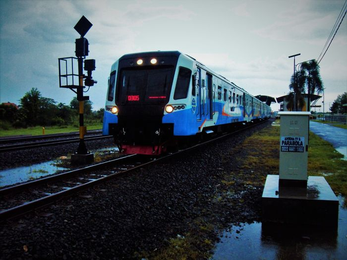 an Keretaapiindonesia named Kajenggala and remember when taking a photo, remeber Safety First!