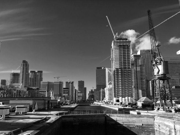 Metropolis ... Blackandwhite Architecture Sky City Cityscape LONDON❤