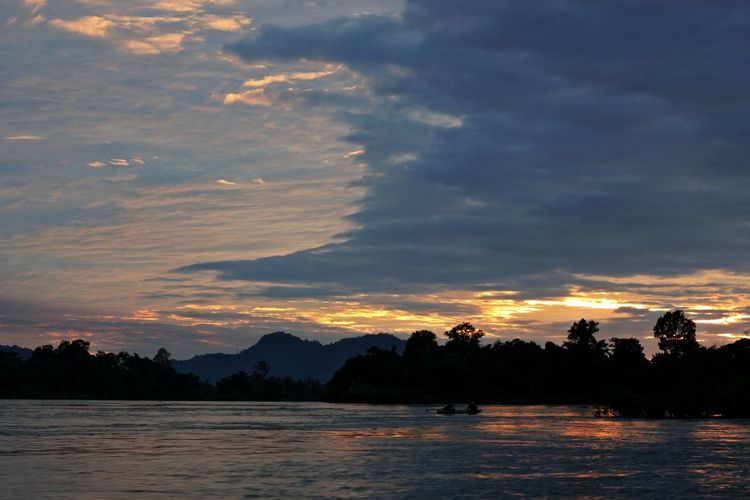 Sunset In Laos Sunset On The Water Beauty In Nature Cloud - Sky Day Lake Mountain Nature No People Outdoors Scenics Silhouette Sky Sunset Sunset On The Lake Sunset On The Mekong River Sunset On The River Tranquil Scene Tranquility Tree Water Waterfront