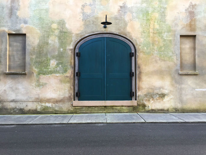 Architecture Charleston South Carolina Closed Door Doorway Entrance History Old Vertical Symmetry Wall Wall - Building Feature