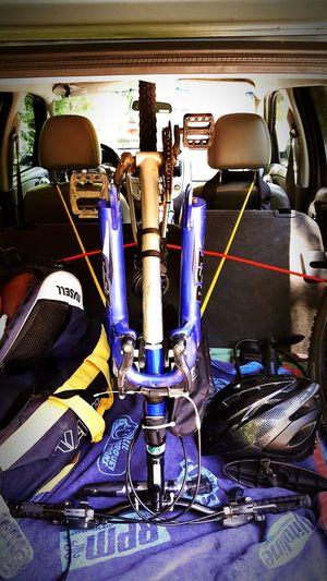 Mountainbike Outdoors Dirt Adventure Enjoying Life Athlete Fitness StillGotIt