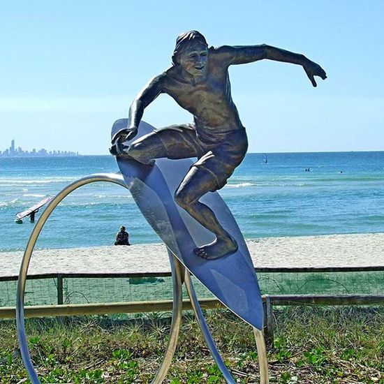 Art at Currumbin Beach Coolyrockson Cars Custom GoldCoast Kirra Coolangatta Holiday Vacation Beach Surf Ilovegoldcoast Southerngoldcoast Forgottenparadise Petes2506 Art Nikon Photography Surfing Beach Skydive Surfing Swell Swellfestival
