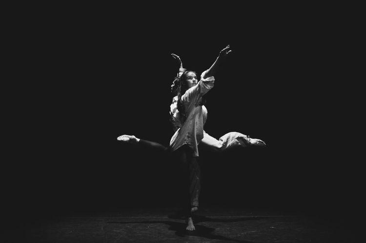 Dance Duet Modern Ballet Dance Show