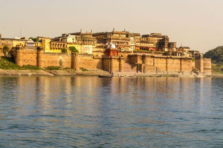 Ramnagar Fort, Banaras EyeEm Selects Fort Castle India Indianforts Banaras Varanasi Kashi Hindu Indian Holymen Divine Travel Sunset Varanasi Ghats  Ghatlife Explore Fortsofindia