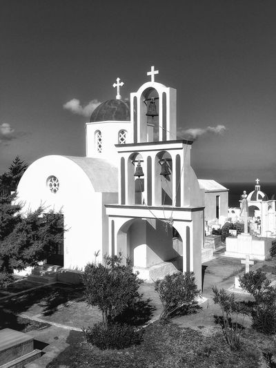 This lovely small Greek church in Santorini the place I love my second home Santorini Santorini Church Santorini, Greece Santorini Island Architecture Greek Church EyeEm Masterclass Showcase July 2016 EyeEm Best Shots - HDR Malephotographerofthemonth Hdr_captures Fujifilm Landscape_photography Landscape With Whitewall Black And White Black And White Photography Eyeem Black And White Bnw Monochrome Church Architecture