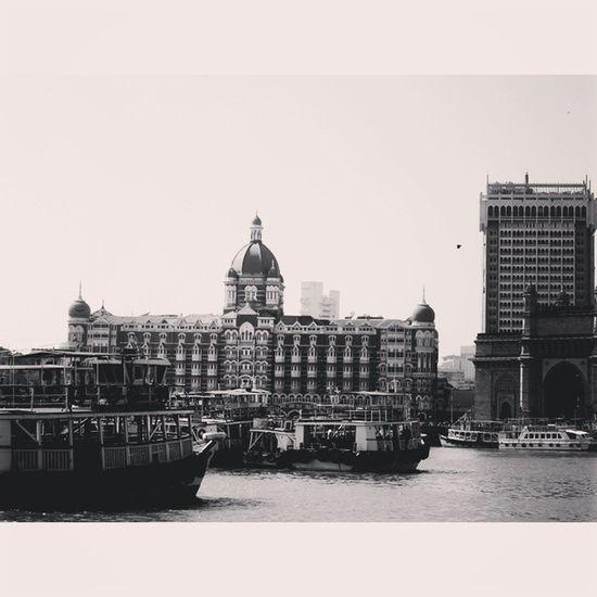 Mumbai ka ।। स्वाग ।। बम्बई nagariya मुंबई Mumbaikar Mustsee Mumbai Heritage Jewel Sirtaj HotelTaj Instagood Instasize Dailygram Dailyupload Instatravel Architecture Upload Indian _soi