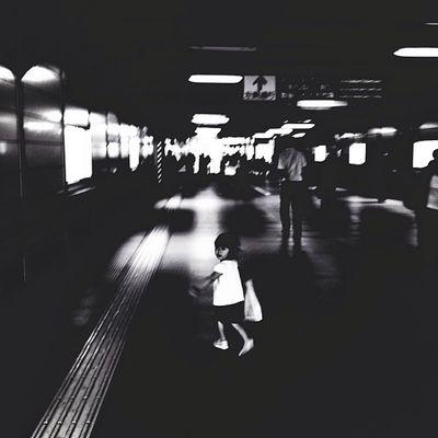 駅前散策 Streetphotography Capa Filter Blackandwhite Monochrome