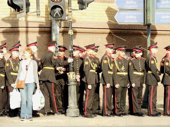 Soldier Military Academy Sankt-peterburg 6may Walking House Of Officers