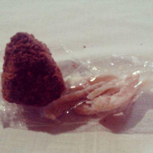 Cocada y coco rayado para acompañar el café 😍😍 Dulcesdulces Forevergorda Adiósfiestaspatronales Lacocadaestádura 😱😂😂😂