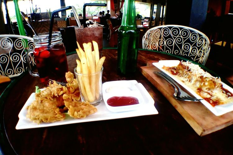 Brunch Around The World Malang INDONESIA Ria Djenaka Cafe Lifestyle Brunch Time