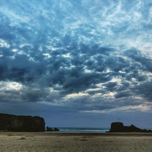 """ The Watering Hole "" Perranporth Perranporthbeach Thewateringhole Beachscene Stereomcs Dusk Sunset Clouds Cloudyday Perpetua"