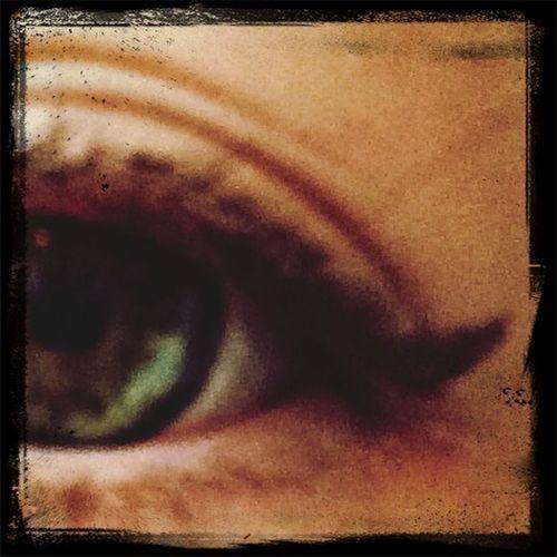 Wunderschöner Eyelinerstrich ???