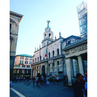 So many photos and not enough time 😶 Wanderlust Travelwithgabi Padova Italy schooltrip