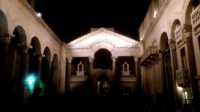 Split Split Croatia Croatia Diocletian's Palace Dalmatia Croacia Croacia Diocletian Palace, Split, Croatia Diocleciano Croatia ♡ Dalmatiansofinstagram