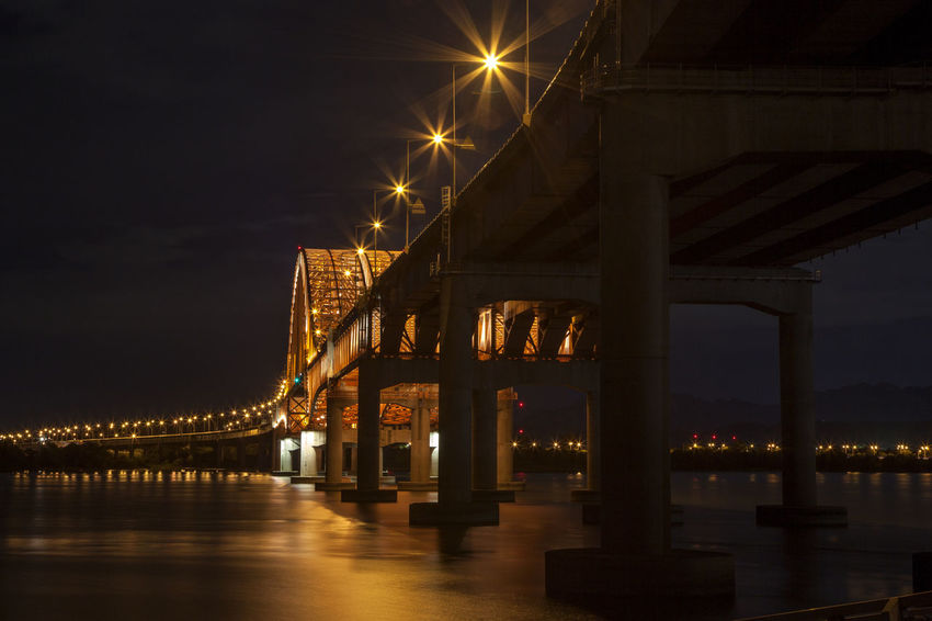 Architectural Column Architectural Feature Architecture Banghwadaegyo Bridge Bridge - Man Made Structure Building Exterior Built Structure City City Life Connection Engineering Famous Place Han River Hangang Park Illuminated Light Beam Low Angle View Night No People Outdoors Sky Tourism Water Waterfront