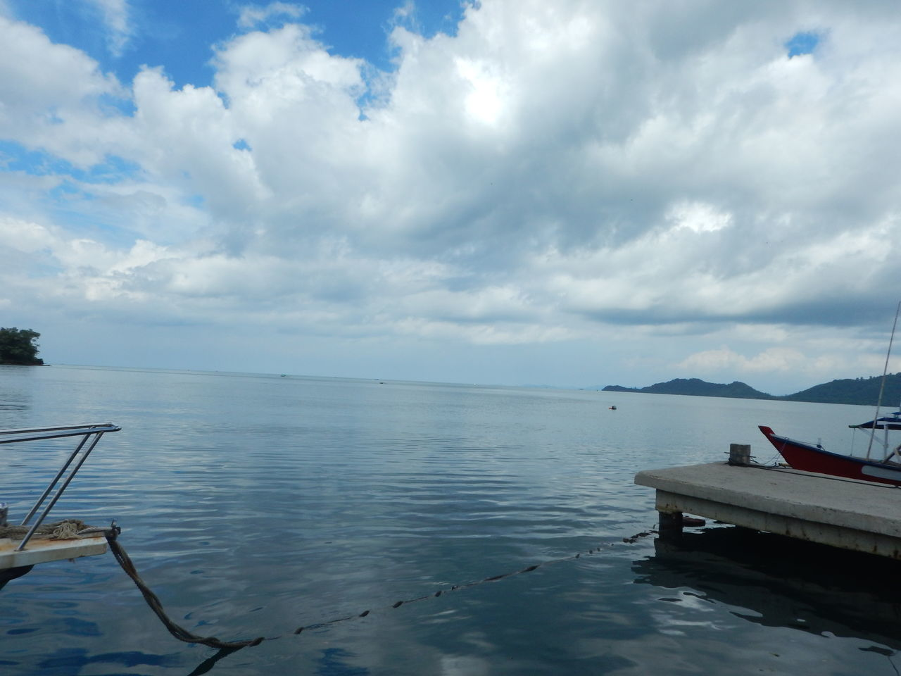 water, cloud - sky, sky, sea, scenics, nature, beauty in nature, tranquility, no people, nautical vessel, tranquil scene, outdoors, day, horizon over water