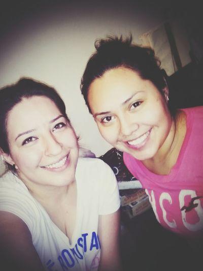 Smile ✌ Yolaamo Hermana Lindas! :)
