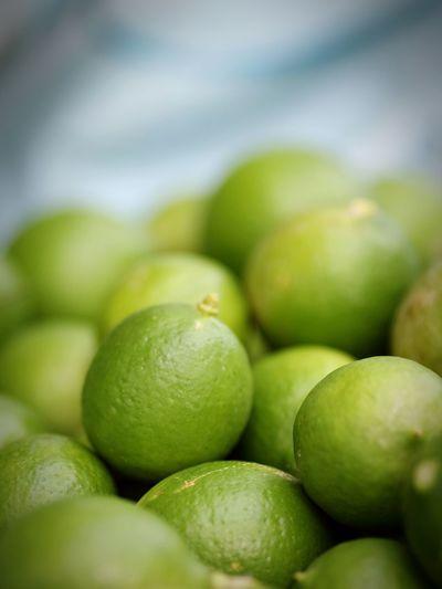 Lime Lime Lemon Citrus Fruit Citrus  Lime Supermarket Fruit Healthy Lifestyle Defocused Dieting Backgrounds Close-up Green Color Food And Drink Unripe Lemonade
