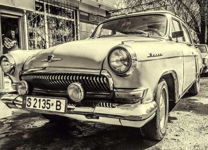 EyeEm Best Shots OpenEdit Blackandwhite Streetphotography EyeEmBestPics Volga Cars