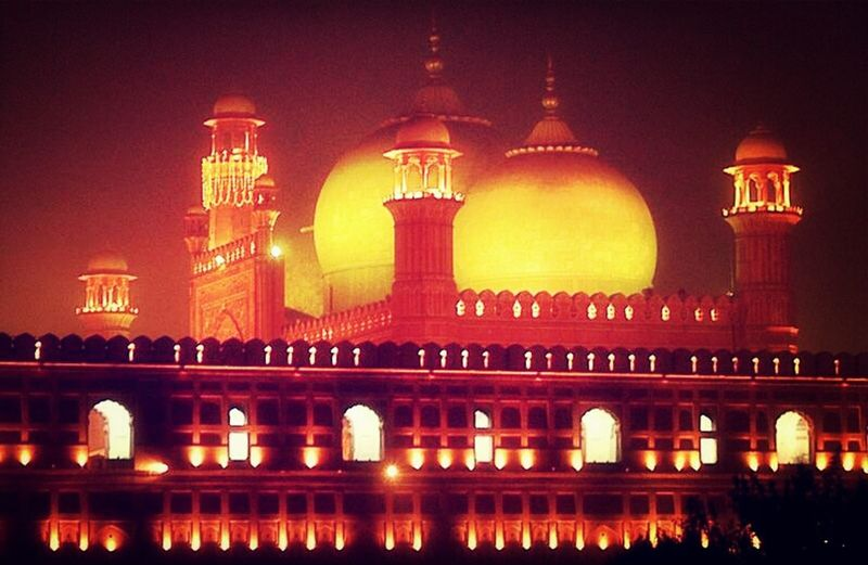 Badshahi mosque,Lahore.night view Praying Peace And Love Meditating Archietecture #history