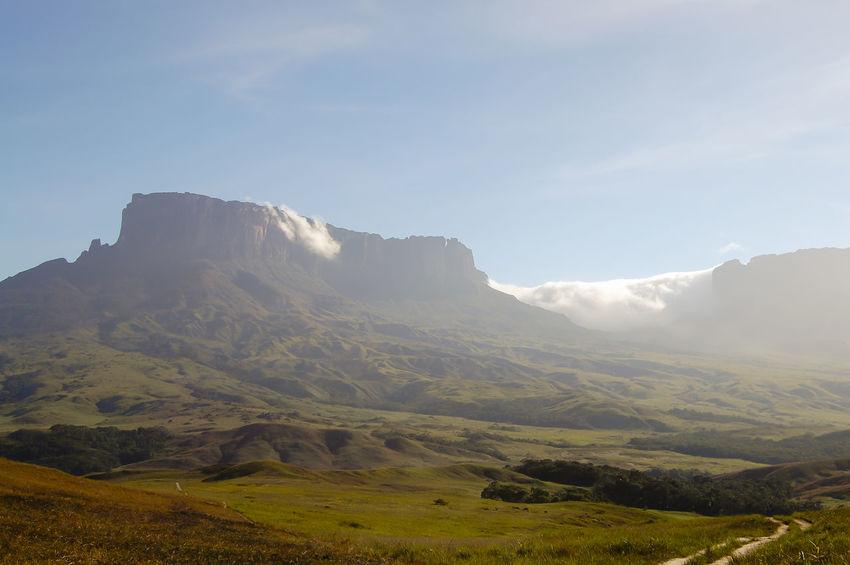 Mount Roraima - Venezuela Table Mountain Venezuela Cliff Mount Roraima Nature Roraima Tepuy