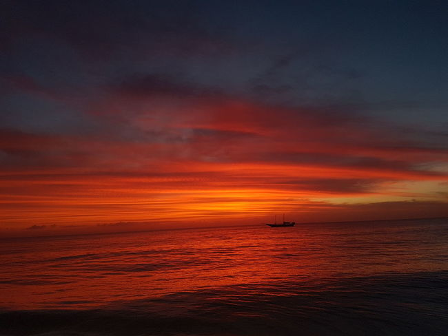 Dawn Amanhecer Sol Boat The Candle Boat Ship Sunset Sea Orange Color No People Beach Outdoors Scenics Nature Red Water Horizon Over Water Sky Beauty In Nature Day