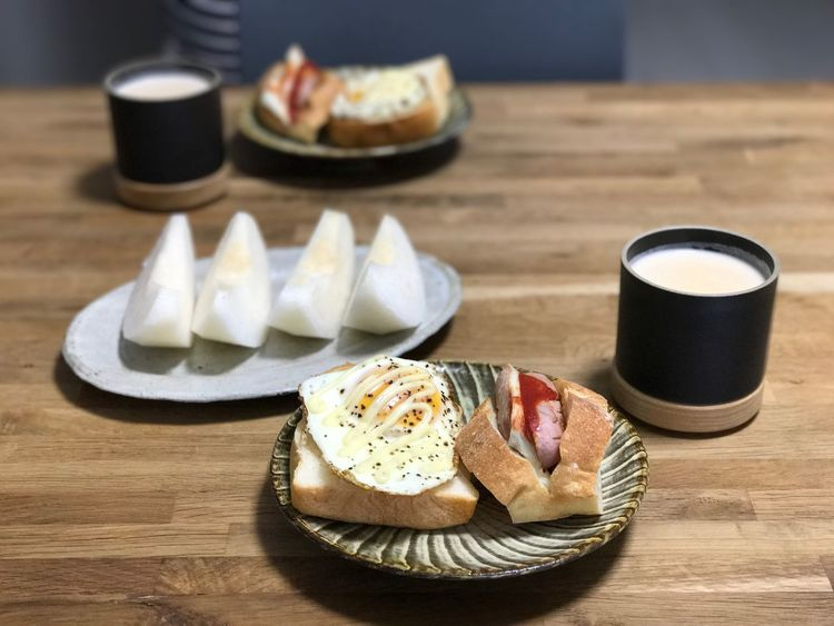 Today's breakfast. Food Food And Drink Table Freshness Ready-to-eat Breakfast No People Healthy Eating Bread Indoors  Plate Close-up EyeEm Morning Porcelain  Fruit