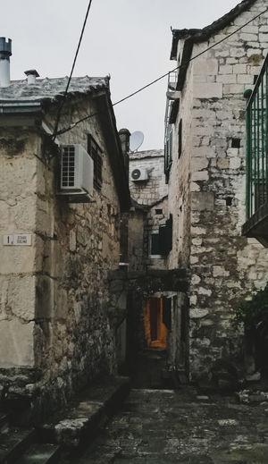 Brela  Old Buildings Croatia HuaweiP9