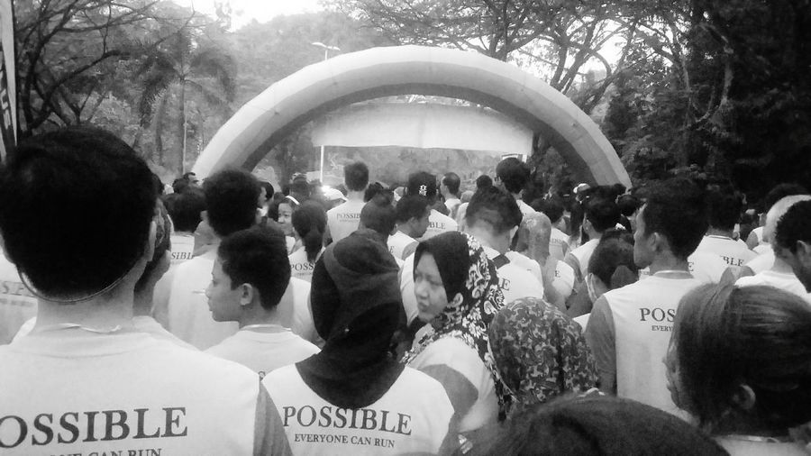 On The Move PossibleRun 2015 Possible Everyone Can Run 🏃 Today Enjoying Life 10 Km Run Finisher Blackandwhite Photography Black And White Collection